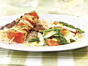 Mojo Chicken Kabobs with Asparagus, Jicama, Red Pepper, & Corn Salad