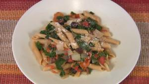 Pasta with Kale and Tomatoes