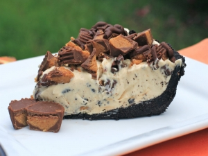 "Frozen Reese's Pie AKA ""The Cookout Pie"""