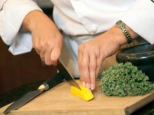 Culinary Classroom Lesson 3: Knife Skills