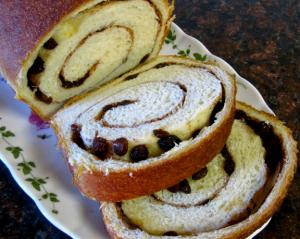 Irish Cinnamon Raisin Bread