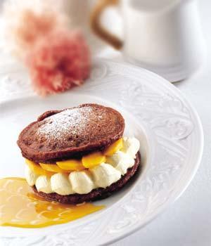 Chocolate Pancakes With Mango Yoghurt