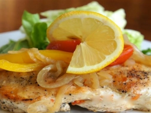 How to Make Lemon-Onion Chicken
