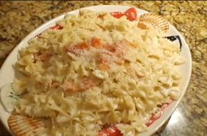 Pasta With Smoked Salmon And Cream Sauce