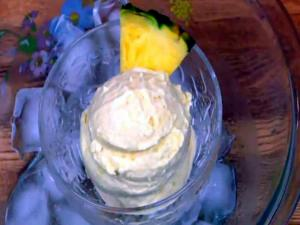 Homemade Pineapple Ice Cream