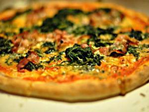 Organic Gluten-Free Vegetarian Pizza