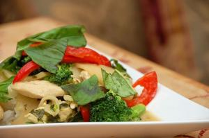 Thai Basil Chicken in Indian Coconut-Curry Sauce