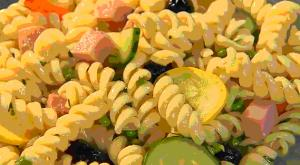 Simple Pasta Salad for Potlucks