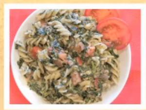 Pasta with Tomato and Spinach topping
