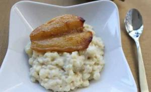 Rice Pudding With Roasted Pear