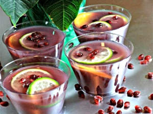 "Pomegranate Moscato Punch (That ""Happy"" Punch"")"