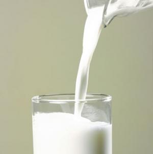 Freeze and preserve raw milk for 7 days