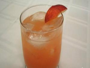 Lynn's Peach Lemonade