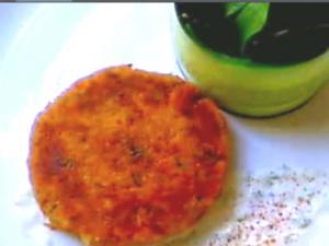 Emergency Salmon Cakes With Aioli