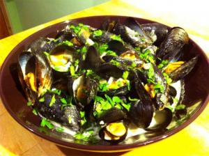 Mussels in Herb Sauce