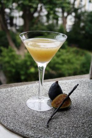 Easy Fig Cocktails