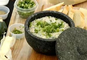 Spinach And Coconut Milk Cheese Dip