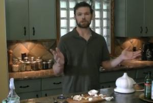 Super Food Garlic as Pesticide