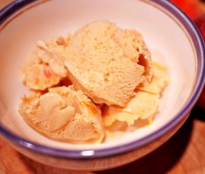 Peach Almond Ice Cream