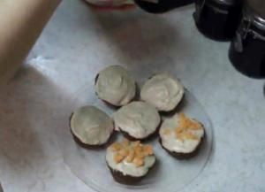 Quick Carrot Apple Cupcakes