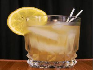 Skinny Whiskey Sour