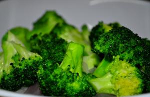Tangy Marinated Broccoli