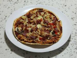 Pita Bread Pizzas With Peppers And Smoked Ham