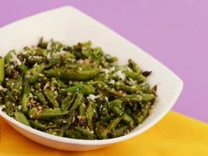 French Beans Foogath by Tarla Dalal