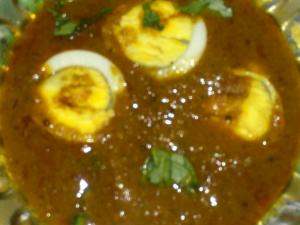 Spicy Milagu Kuzhambhu with Boiled Eggs