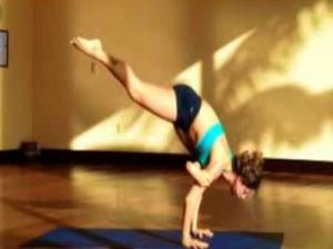 Flying Crow Yoga Arm Balance