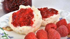 Quick And Easy Raspberry Jam