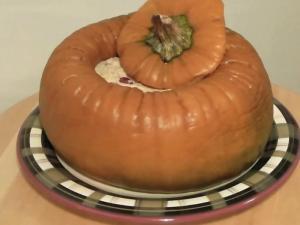 Jack o'Lantern Pumpkin Cheesecake