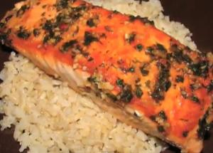 Delicious Garlic Ginger Basil Salmon