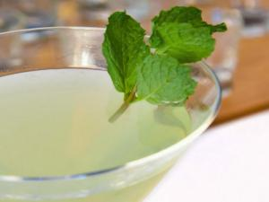 Lemon Mint Vodka Martini