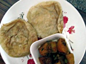 Breakfast Radhaballavi