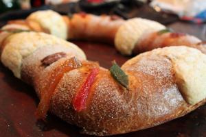 Rosca de Reyes - A Mexican Tradition