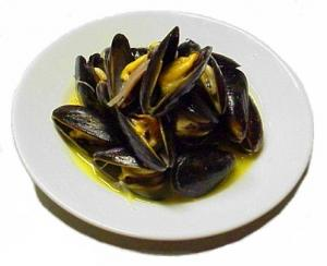 Curried Mussel With Coconut Cream
