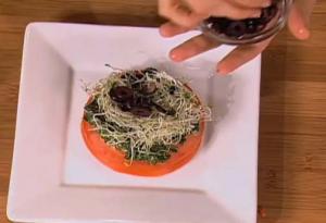 Tomato Slices Layered with Pesto
