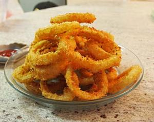 Crispy Onion Rings in Beer Batter