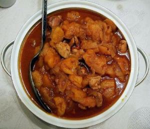 Chicken With Prunes