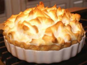Butterscotch Chiffon Pie
