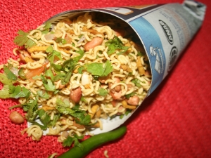 Chatpati Top Ramen Bhel