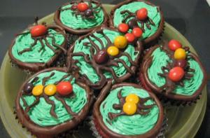 Halloween Cup Cakes with Chocolate bugs topping
