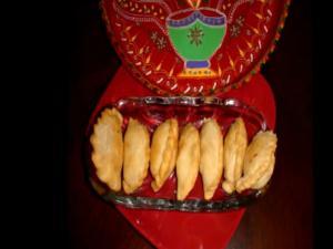 Ghughra or Gujia or Karanji - Diwali Special