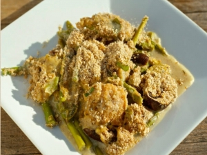 Peppery Chicken and Asparagus Cast Iron Skillet Recipe