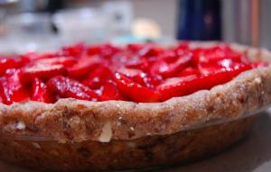 Pop In Pan Frozen Strawberry Pie