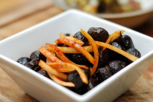 Black olive health benefits are to be learned