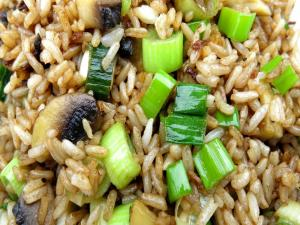 How to Make Easy Fried Rice