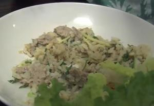 Nam Khao (Laotian Crispy Rice Salad)