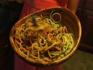 Raw Zucchini Pasta with Spaghetti Sauce